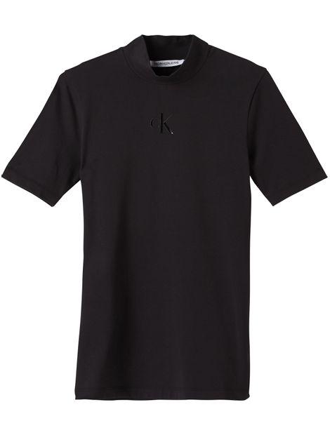 Camiseta-slim-con-cuello-perkins