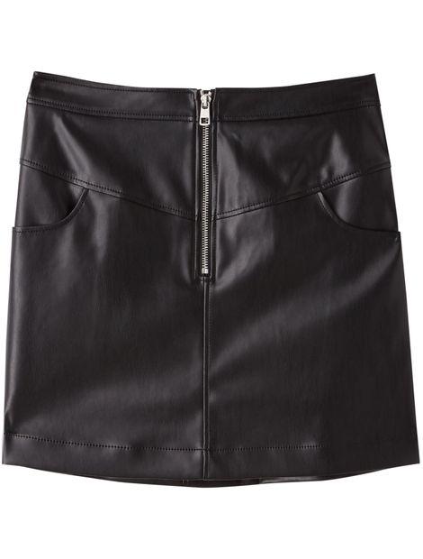 Minifalda-de-piel-sintetica