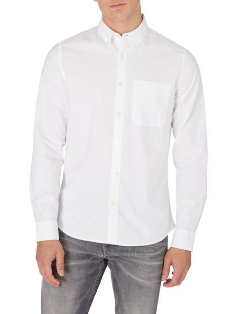 Camisa-Oxford-slim-con-botones
