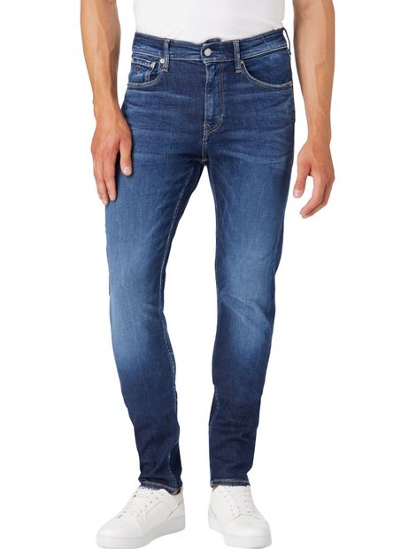 Slim-Tapered-Jeans
